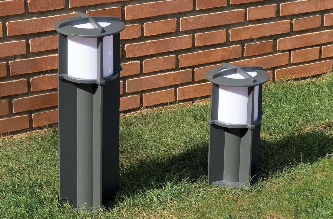 Lámpara baliza 60 cm CROSS gris oscuro ambiente