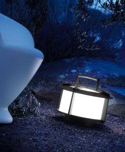 Lámpara portátil CROSS gris oscuro ambiente 2