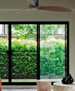 Ventilador de techo negro madera ETERFAN ambiente