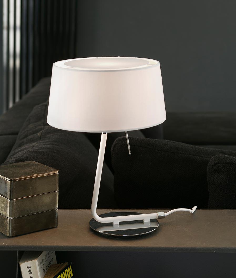 Lámpara sobremesa blanca HOTEL ambiente