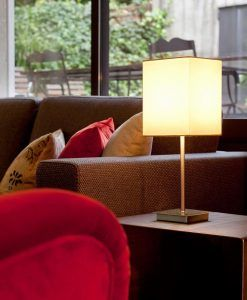 Lámpara de mesa THANA blanco ambiente