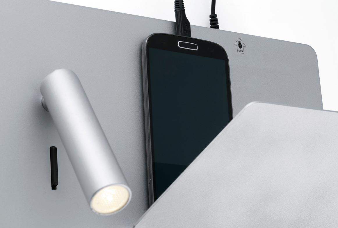 Aplique gris derecha SUAU USB detalle 2