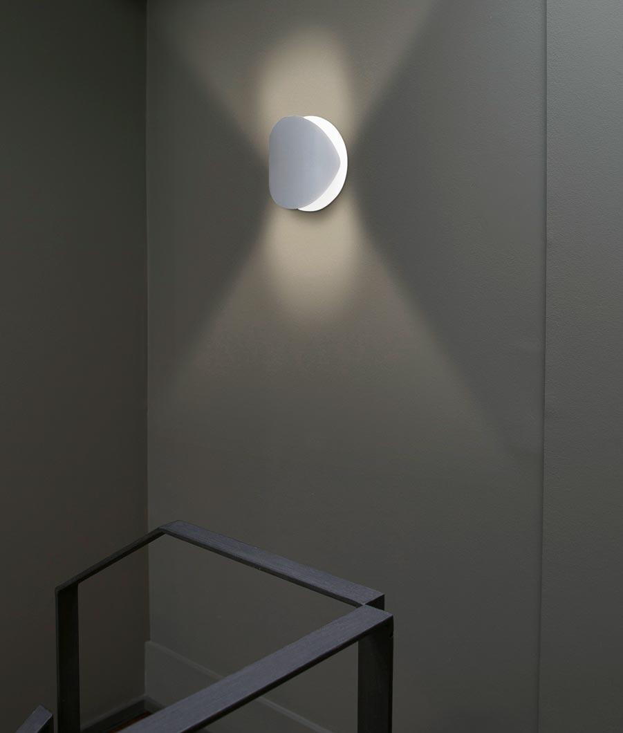 Lámpara aplique blanca grande OVO detalle 2