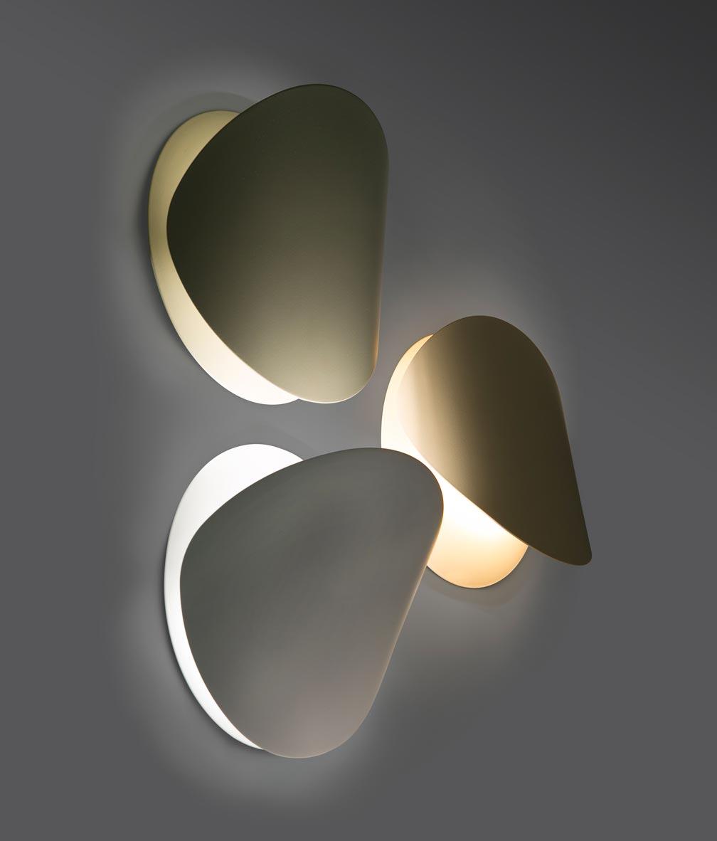 Lámpara aplique blanca grande OVO detalle