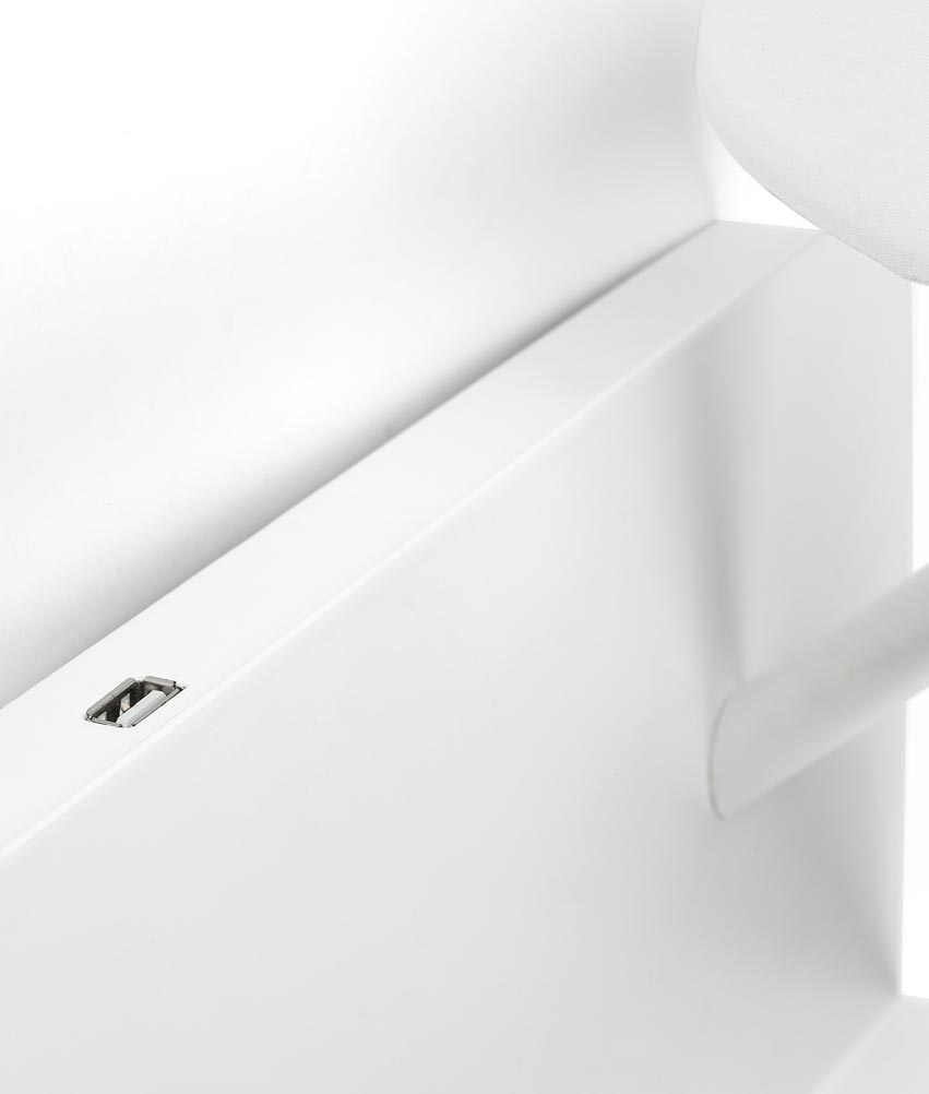 Lámpara aplique con lector LED derecha HANDY blanca detalle