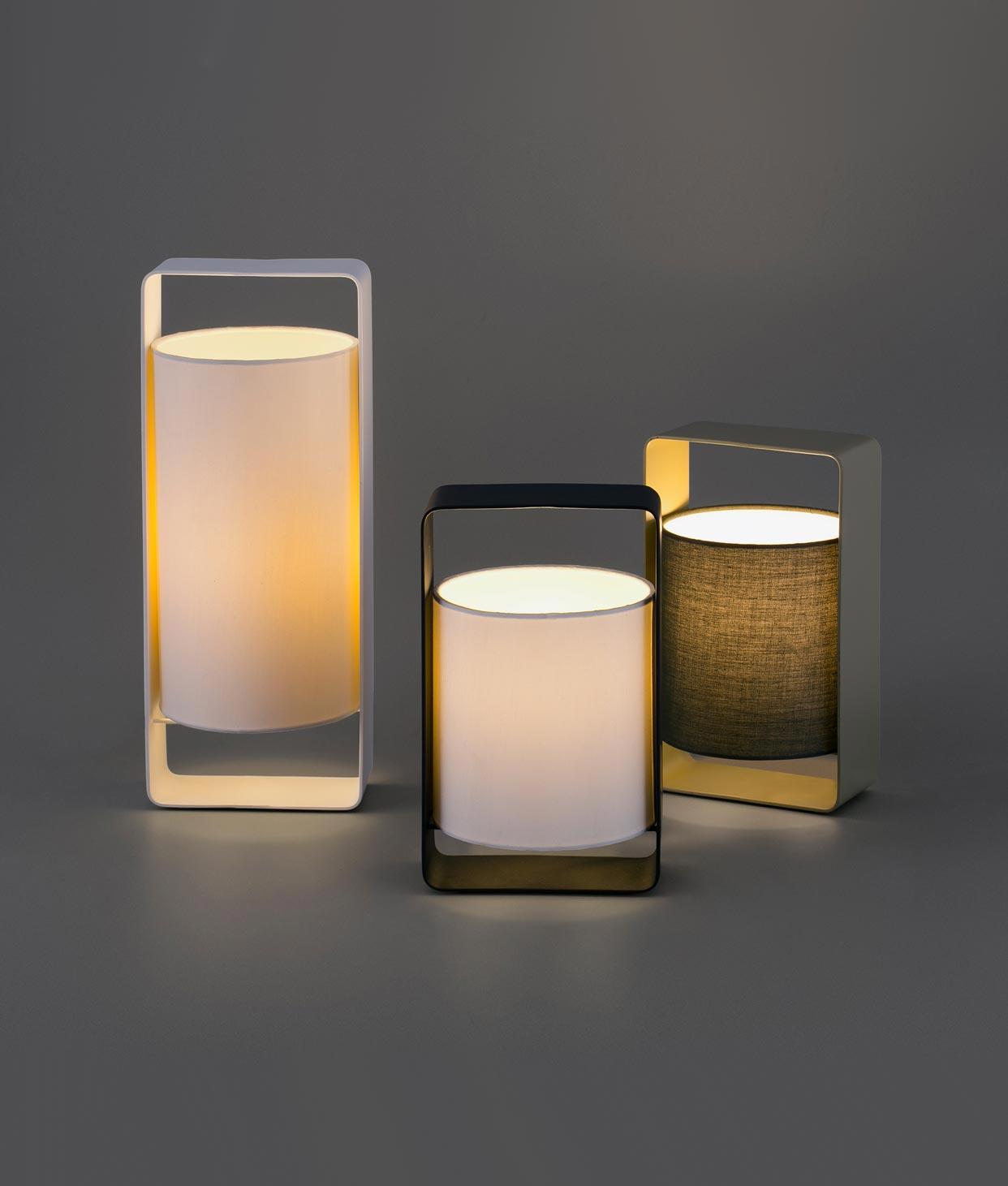 Lámpara de mesa blanca grande LULA detalle