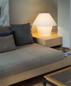 Lámpara de mesa grande VERSUS blanca ambiente