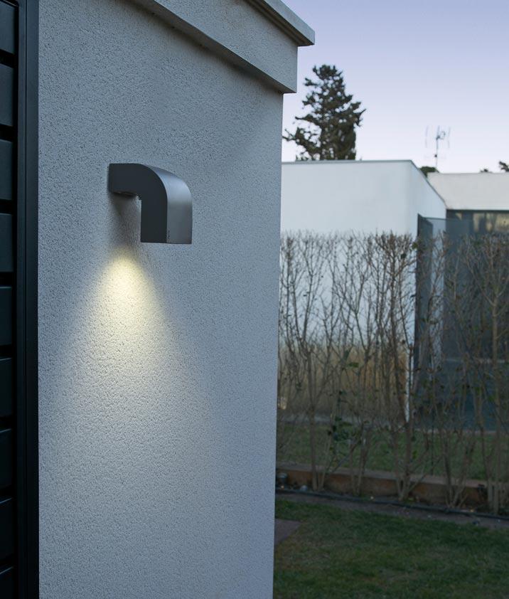 Aplique 1 luz gris oscuro klamp la casa de la l mpara - Casa de las lamparas ...