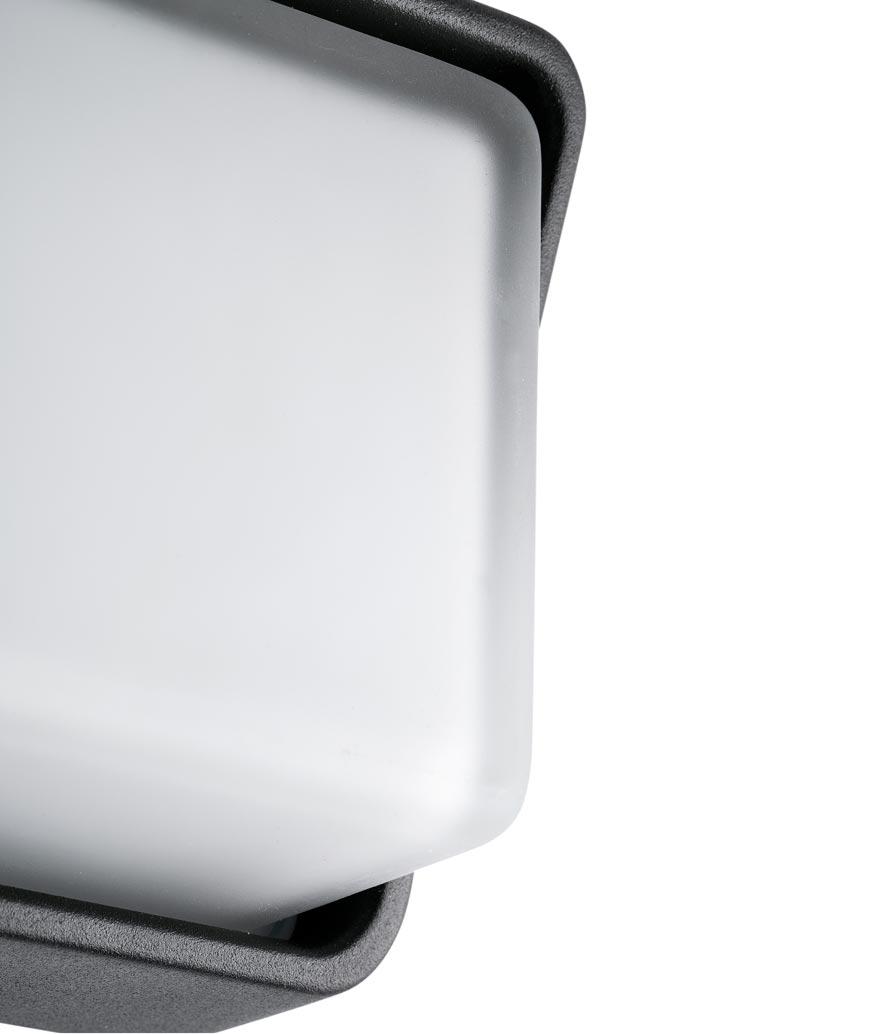Lámpara aplique negro HALF LED detalle