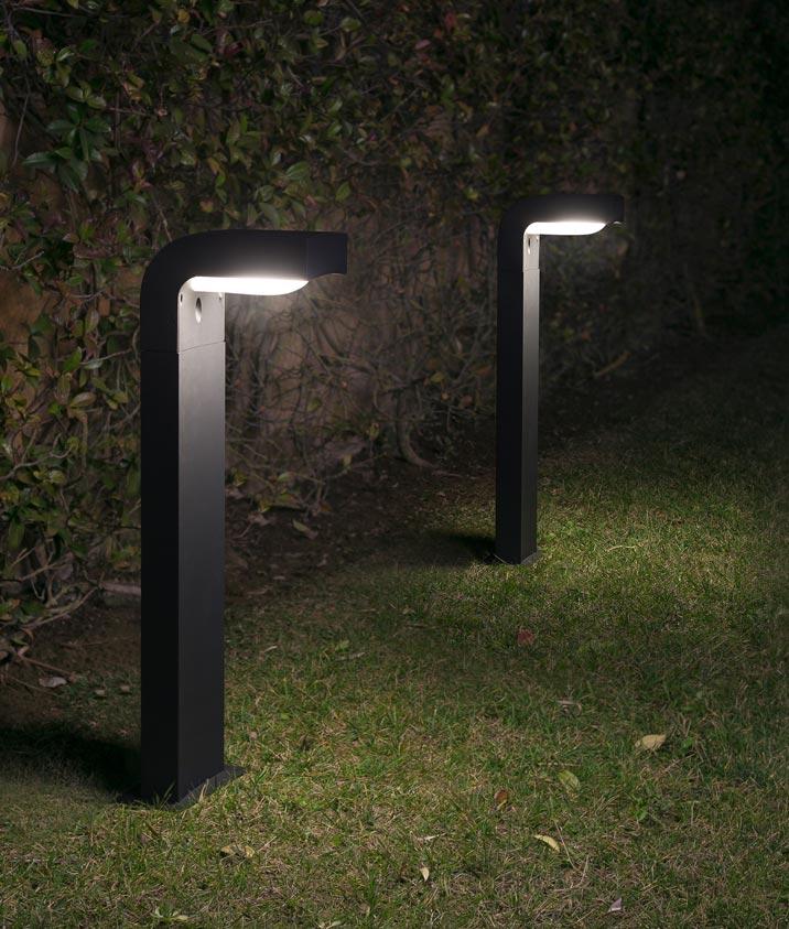 Lámpara baliza KLAMP 66 cm ambiente