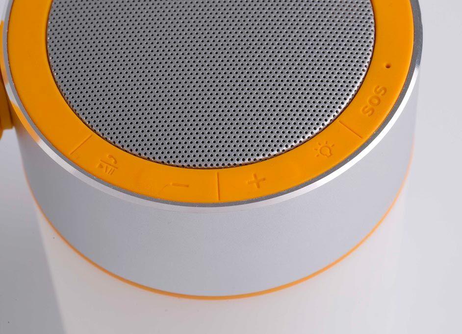 Lámpara con altavoz portátil LOUD LED detalle