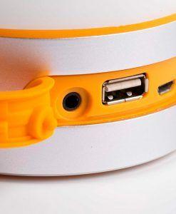 Lámpara con altavoz portátil LOUD LED detalle USB