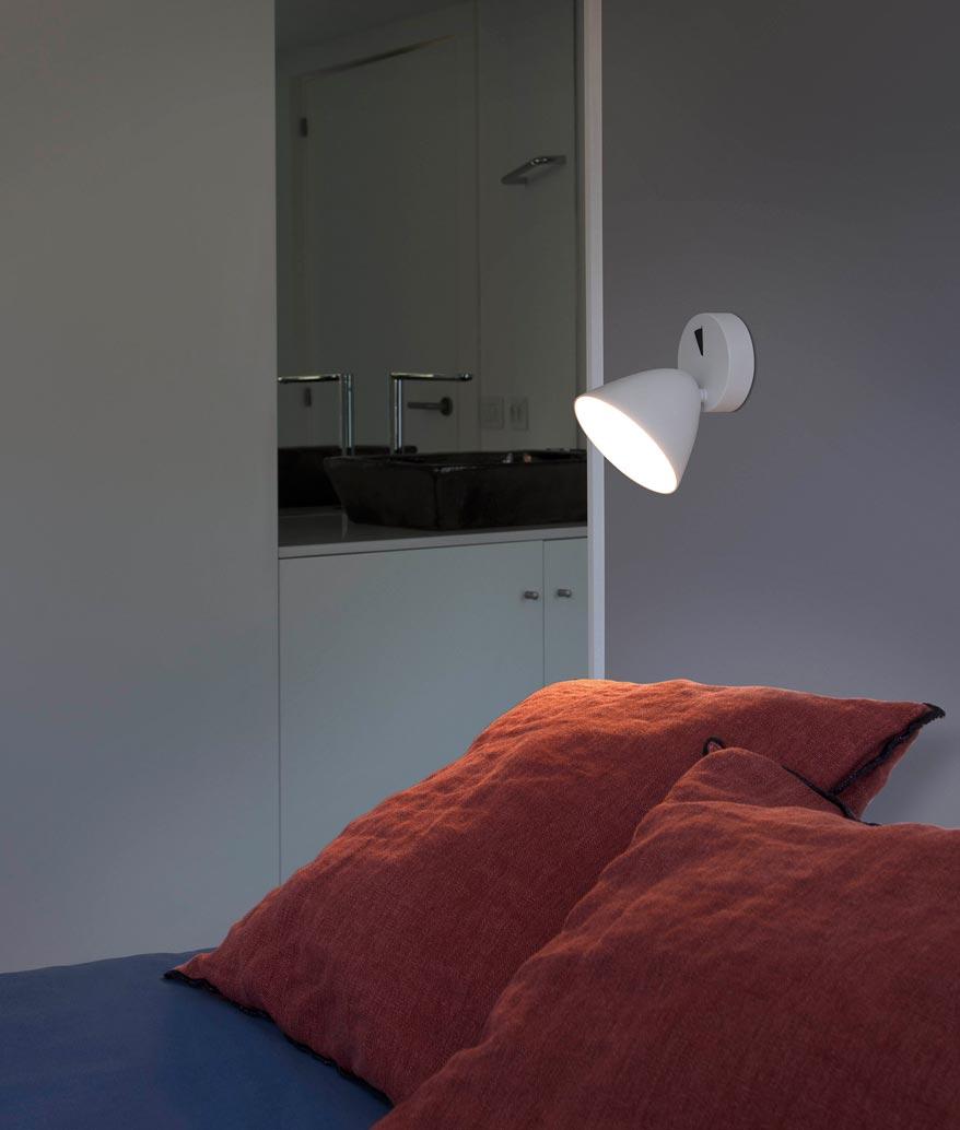 Aplique moderno con luz LED FLASH ambiente