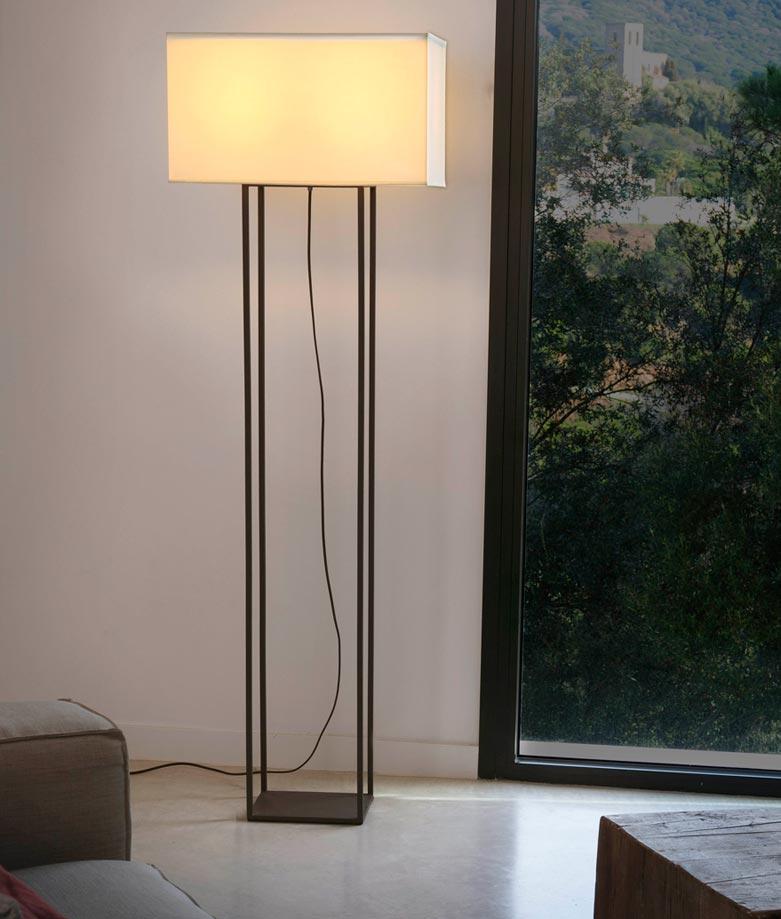 Lámpara pie de salón marrón VESPER ambiente