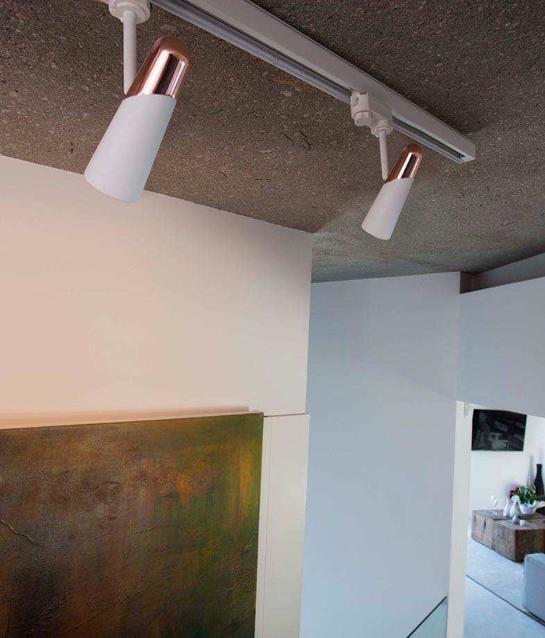 Proyector luz cálida blanco y cobre LAO LED ambiente