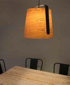Lámpara comedor madera y negro STOOD ambiente