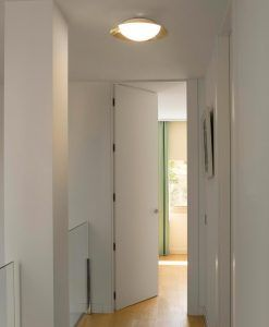 Plafón mediano blanco y níquel SIDE LED 15W ambiente