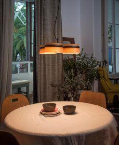 Lámpara 3 luces negra y madera LOOP LED ambiente