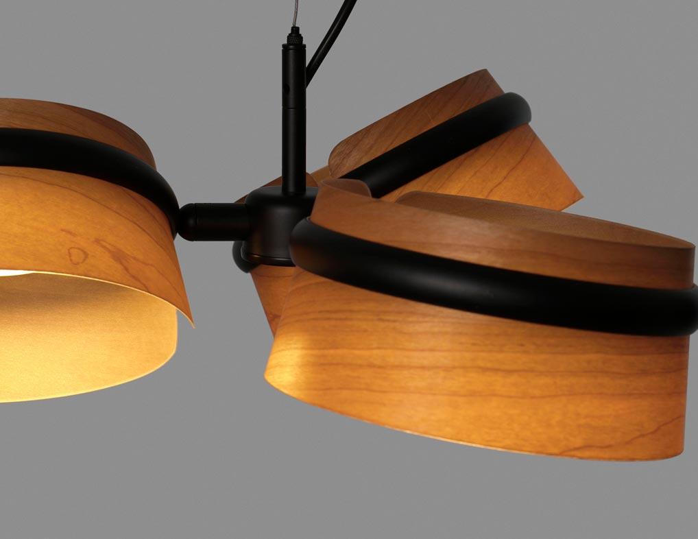 Lámpara 3 luces negra y madera LOOP LED detalles