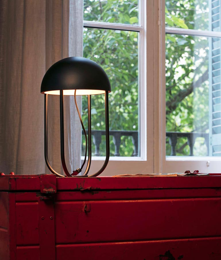 L mpara sobremesa moderna jellyfish led la casa de la l mpara - La casa de las lamparas barcelona ...