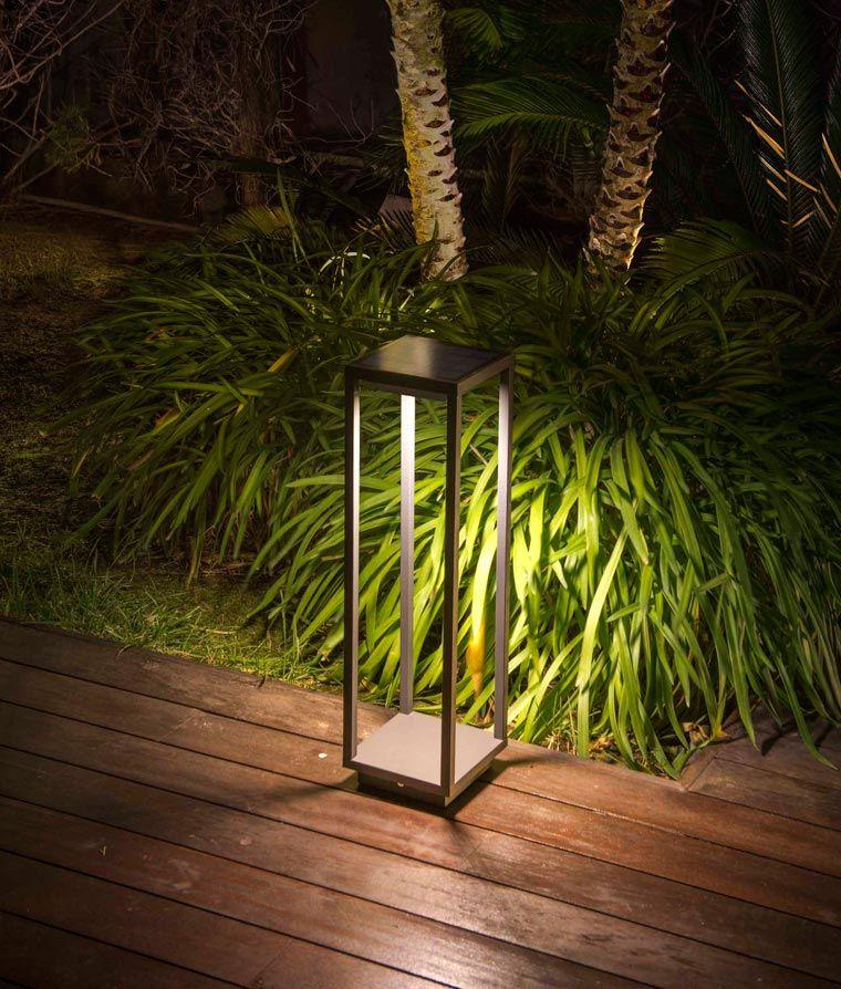 Baliza solar gris oscura SAURA LED ambiente