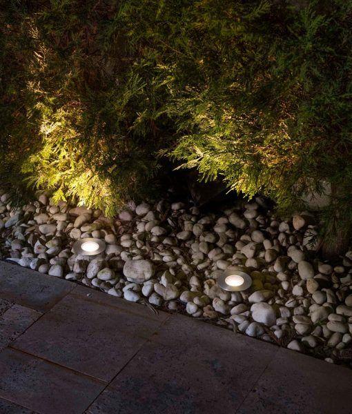 Lámpara de suelo exterior inox GRUND LED ambiente