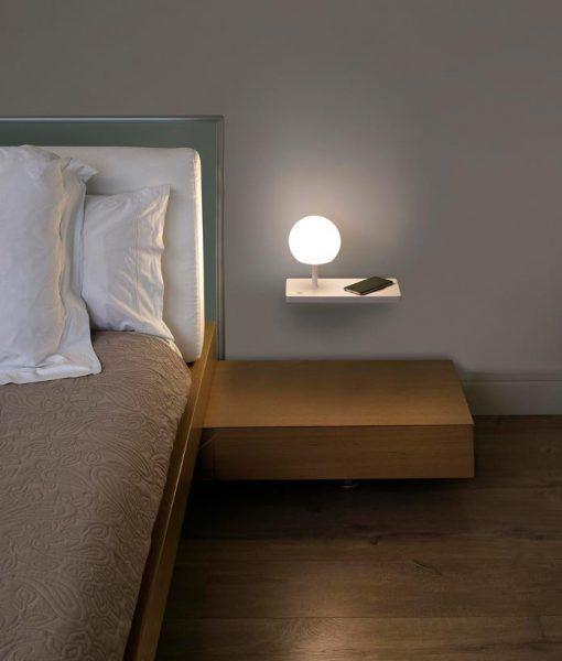 Lámpara aplique derecho blanco con USB NIKO LED ambiente