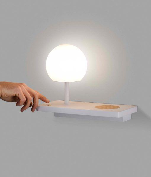 Lámpara aplique derecho blanco con USB NIKO LED detalle