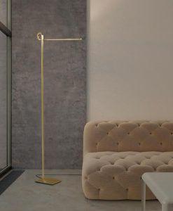 Pie de salón cuero satinado CINTO LED dimable ambiente