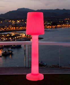 Lámpara pie de 165 cm altura CARMEN ambiente