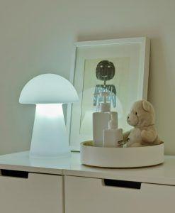 Lámpara portátil con forma seta MAFALDA ambiente