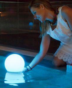 Lámpara solar flotante BULY ambiente 4