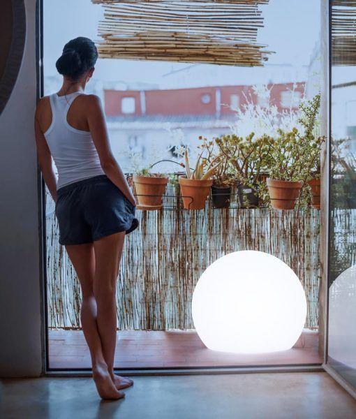 Lámpara solar flotante BULY ambiente 7