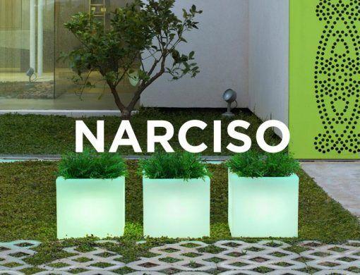 Macetero cuadrado con luz 45 cm altura NARCISO ambiente 2
