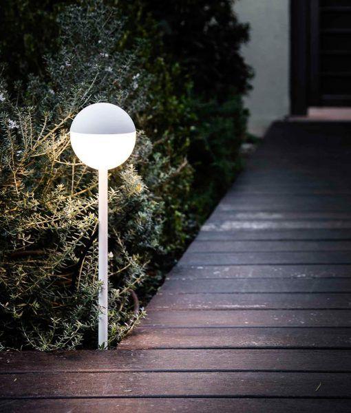 Estaca blanca PICCOLA LED ambiente