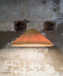 Lámpara amarillo tostado 70 cm diámetro HUE IN ambiente