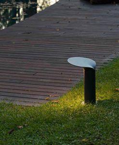 Lámpara baliza gris oscura 35 cm de alto LOTUS LED ambiente 2