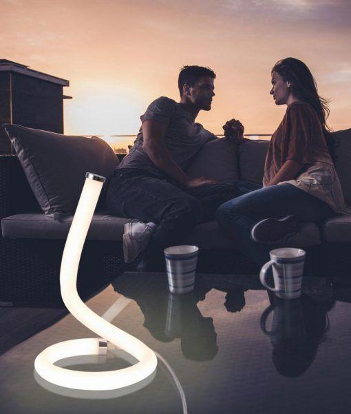 Lámpara de mesa cromo y blanco NUR LINE LED ambiente